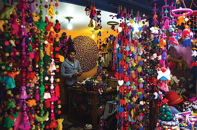 woolens crafts